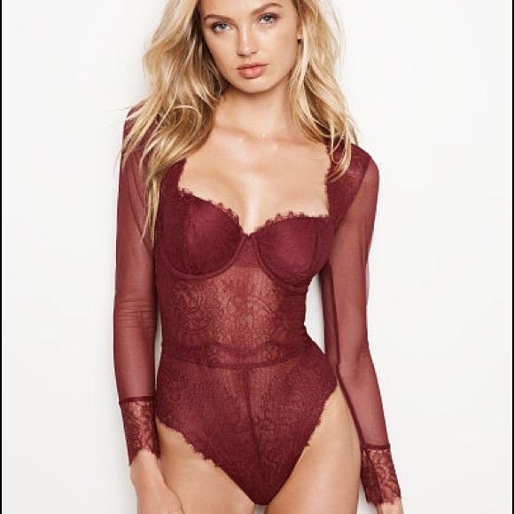 df5d4c81f9a Victoria s Secret Chantilly Lace Long-sleeve Teddy